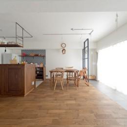 こだわりの木材の似合う家 (リビングダイニング)