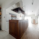 こだわりの木材の似合う家の写真 キッチン