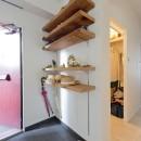 こだわりの木材の似合う家の写真 玄関