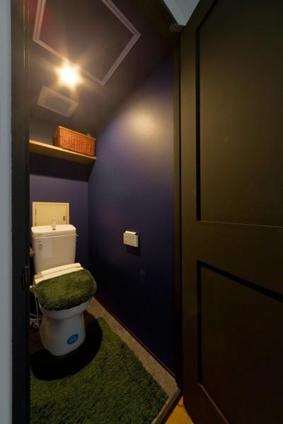トイレ (NYブルックリンスタイルリノベーション)