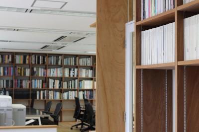 オフィス (居心地の良いオフィス空間でクリエイティブな発想を。)