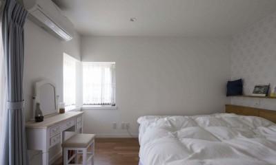浜田山の家|スタイリッシュなNYスタイルの空気が漂う大階段のリノベーション (主寝室)