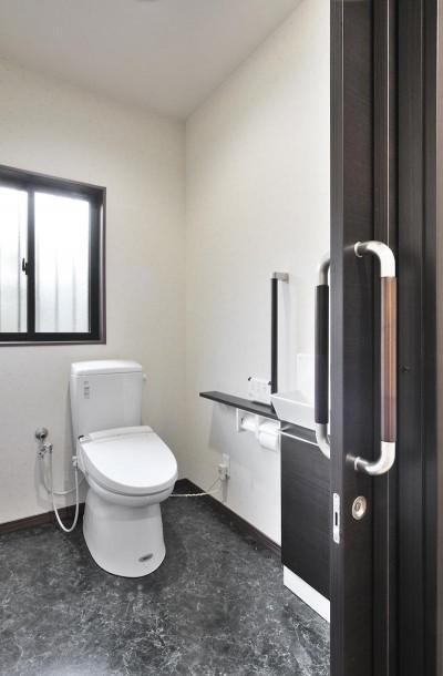 トイレ (日本の造作を現代に)