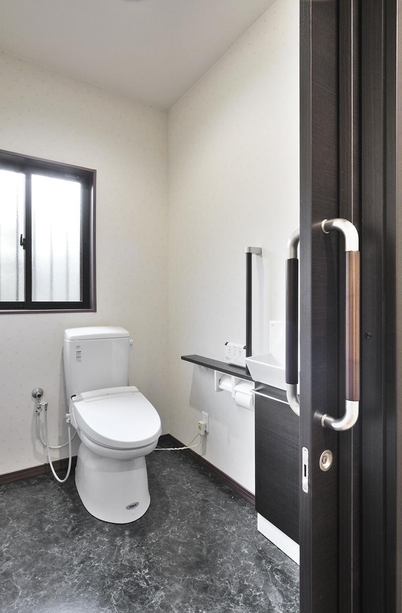 日本の造作を現代に (トイレ)