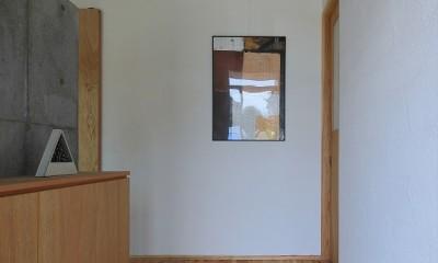 甲斐元町の家~遊び心のある家~ (玄関)