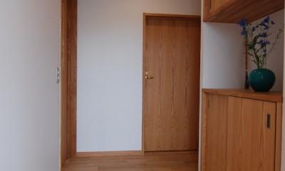 平屋の住まい~自分スタイルの家~ (玄関ホール)