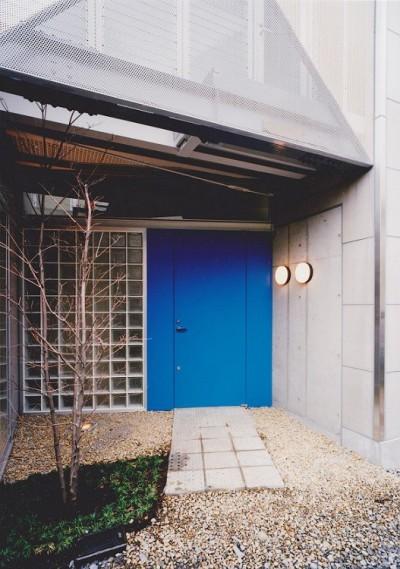 住宅入口 (光と風が流れる家|O HOUSE)
