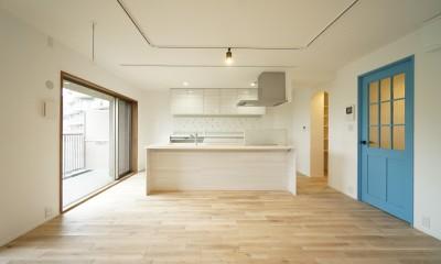 『キッチンを中心に』