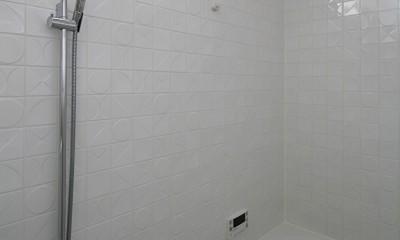 M邸 (デザインタイルで個性が出るバスルーム)