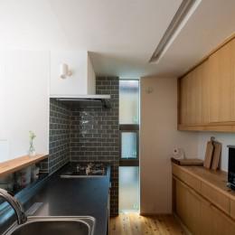椿山の家 -つながりのある家- (キッチン)