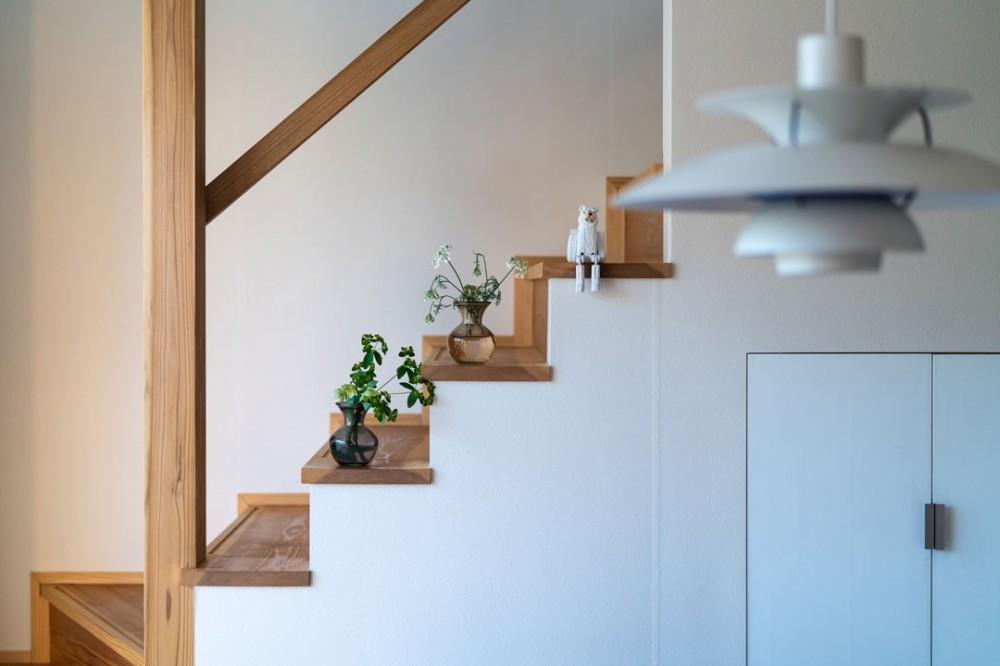 椿山の家 (リビング階段)