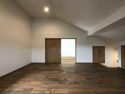 多目的スペース (長く住むことを考えた38坪のハコ(Haco))