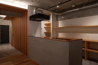 キッチン (躯体を魅せる〜大阪市マンションリノベーション〜)
