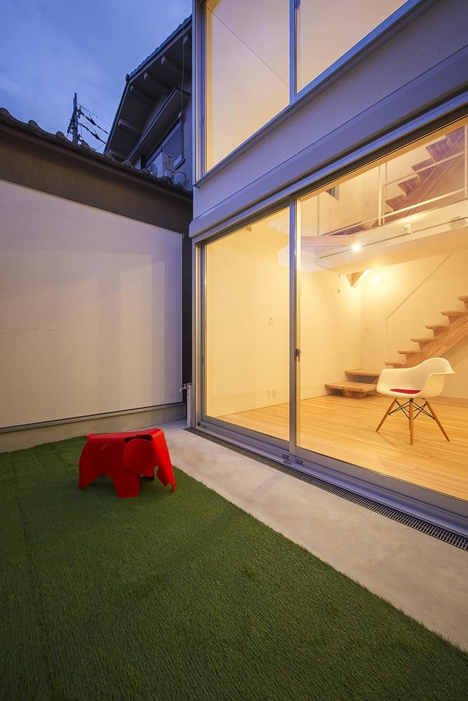 藤井寺の家 (庭)