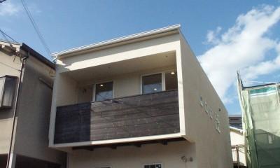 【大阪府】狭小物件を広く見せる光が特徴的な戸建て住宅