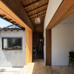 透き間の家|土間と縁側で包む町屋リノベーション【奈良市】 (透き間の家|入れ子状の町屋のリノベーション)