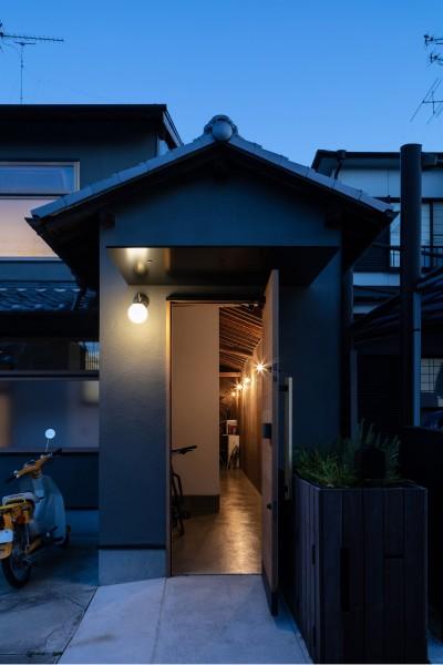 透き間の家|入れ子状の町屋のリノベーション (透き間の家|土間と縁側で包む町屋リノベーション【奈良市】)