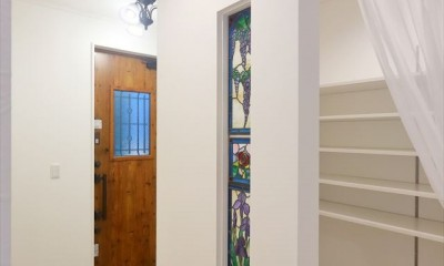 練馬・パティオのある光と風の家 (玄関)
