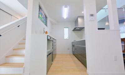 練馬・パティオのある光と風の家 (キッチン)