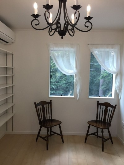 ご主人の書斎 (練馬・パティオのある光と風の家)