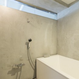 こだわりのお風呂と広々とした爽やかリビングが特徴のお部屋