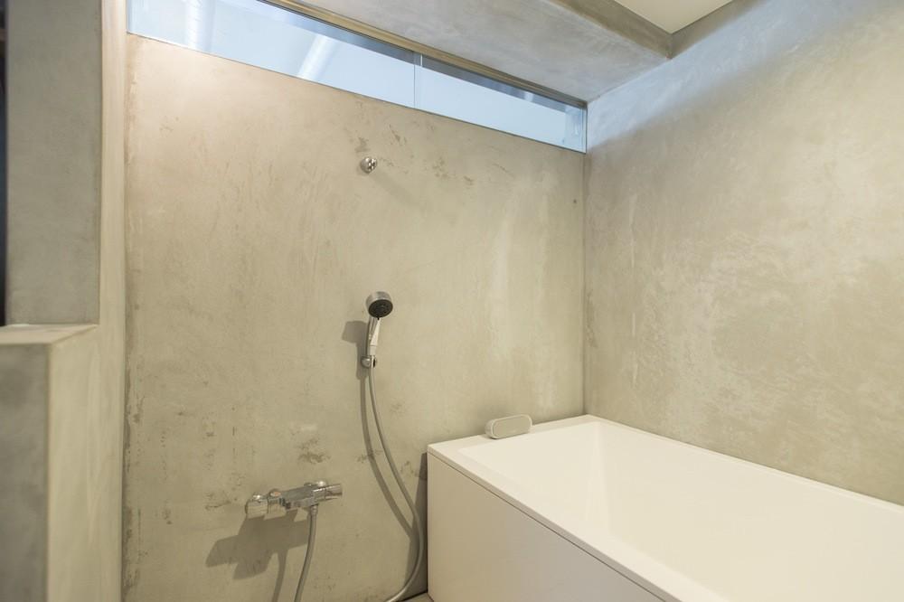 こだわりのお風呂と広々とした爽やかリビングが特徴のお部屋 (こだわりのオリジナルお風呂)