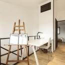 アレルギー反応を持つ子供が住むための和モダン住宅/美しい空気の家の写真 フリースペース