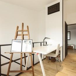アレルギー反応を持つ子供が住むための和モダン住宅/美しい空気の家 (フリースペース)