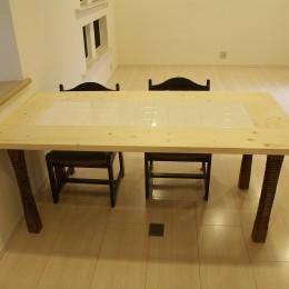 【吹田市】使い込んだ空間をリノベーションで快適空間に (テーブル)