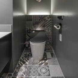 W house (toilet)