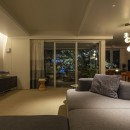 W houseの写真 living room