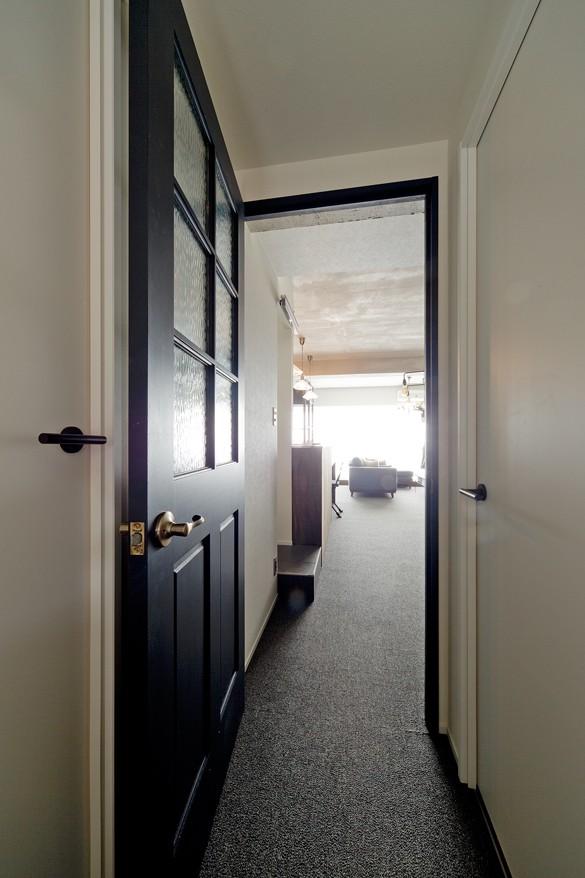 ブリティッシュスタイルな家 (廊下)