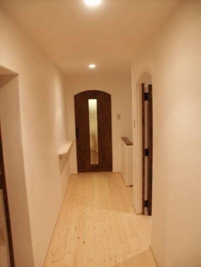 廊下 (【豊中市】旧家の日常スペースをリノベーション)