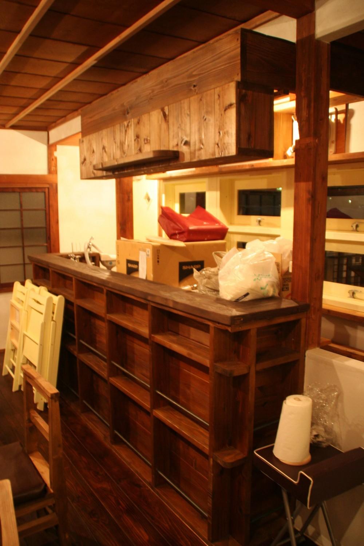 【摂津市 店舗】純和風の古民家の特長を最大活用しリノベーション (2階カフェ)