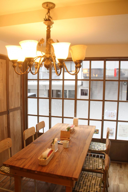 【大阪市 店舗】女性オーナーの雰囲気いっぱいのカフェ (店内)