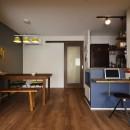 T邸_シックな空間が家族の時間を包むの写真 キッチン