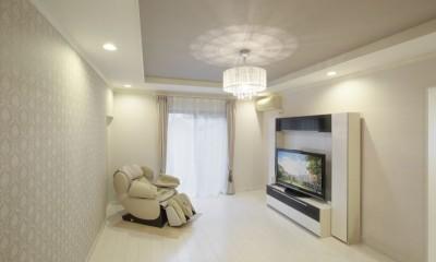 イメージが形となったフレンチクラシックの明るいお家 (洋室)