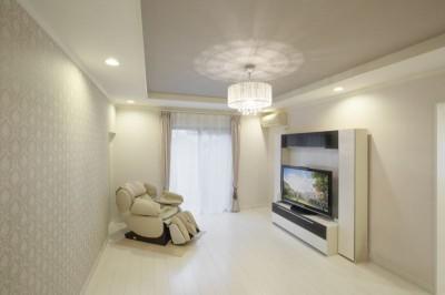 洋室 (イメージが形となったフレンチクラシックの明るいお家)