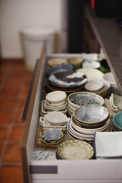 キッチン収納 (M邸_二人のためのまったりヴィラ)