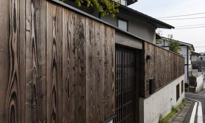 アレルギー反応を持つ子供が住むための和モダン住宅/美しい空気の家 (外構)
