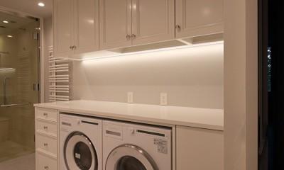 Y邸 (ビルトイン洗濯機と乾燥機ですっきり空間)