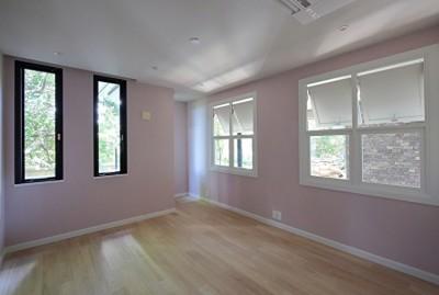 Y邸 (メゾネット2階部屋)