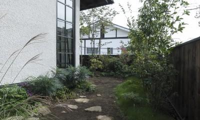 主庭|アレルギー反応を持つ子供が住むための和モダン住宅/美しい空気の家