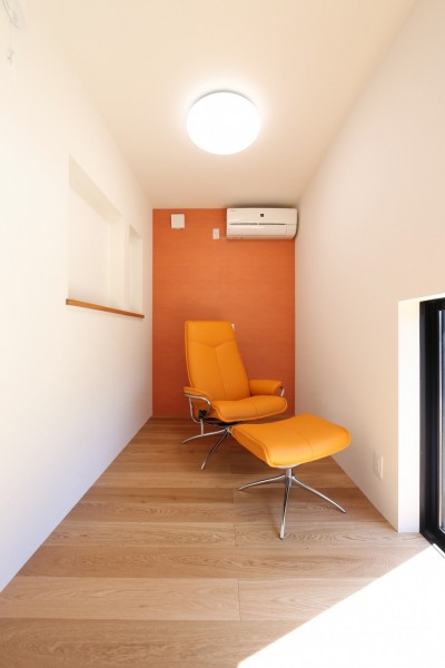 書斎 (こだわりの家具や雑貨の世界観を楽しめる家)