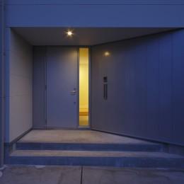 鎌取の家 (玄関)