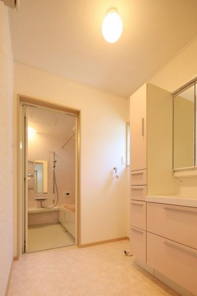 築50年の平屋をリノベーション (洗面・浴室)