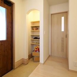 築50年の平屋をリノベーション (玄関)