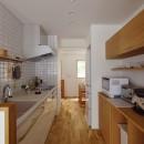 I様邸_繋がる3世帯・4世代の暮らしの写真 対面キッチン