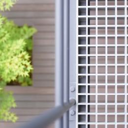 埼玉県北鴻巣の家 (2階バルコニーの床)