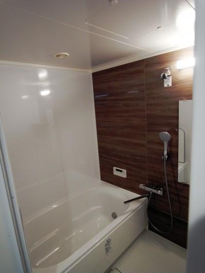 コスパが光る!可愛い好立地再販物件 (浴室)